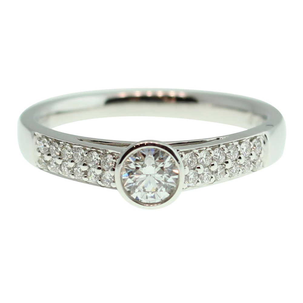 18CT WHITE GOLD ROUND BRILLIANT CUT .44CT DIAMOND ENGAGEMENT RING