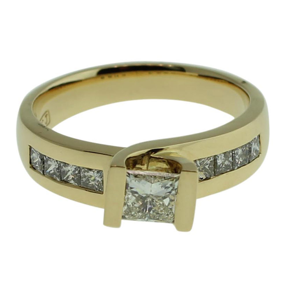 18CT YELLOW GOLD PRINCESS CUT 0.55CT DIAMOND ENGAGEMENT RING
