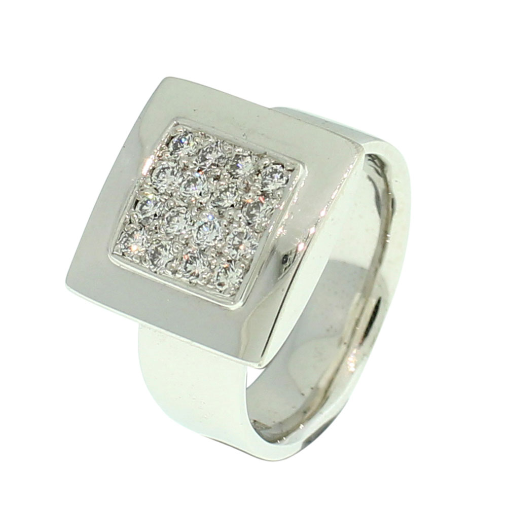 18CT WHITE GOLD HANDMADE DIAMOND DRESS RING